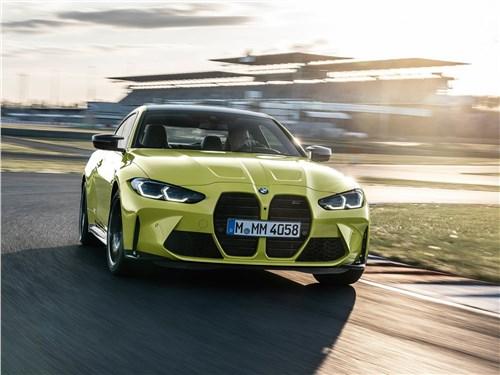 BMW M4 Coupe Competition (2021) вид спереди