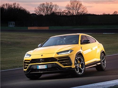 Lamborghini Urus отзывают – могут сгореть