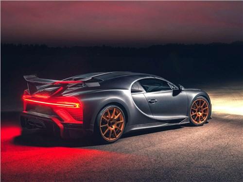 Bugatti Chiron Pur Sport (2021) вид сзади
