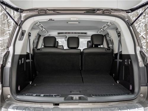 Предпросмотр infiniti qx80 (2018) багажное отделение