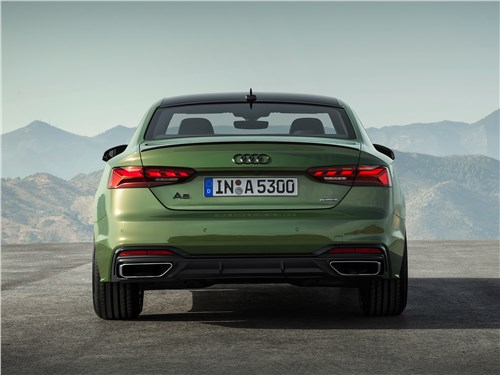 Audi A5 (2020) вид сзади