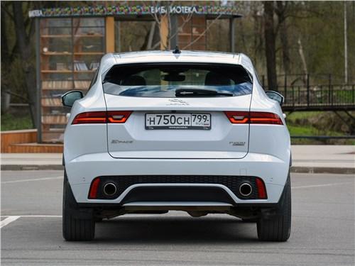 Предпросмотр jaguar e-pace (2018) вид сзади