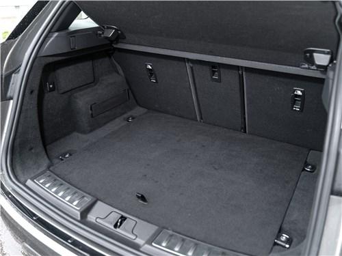 Land Rover Range Rover Evoque (2020) багажное отделение