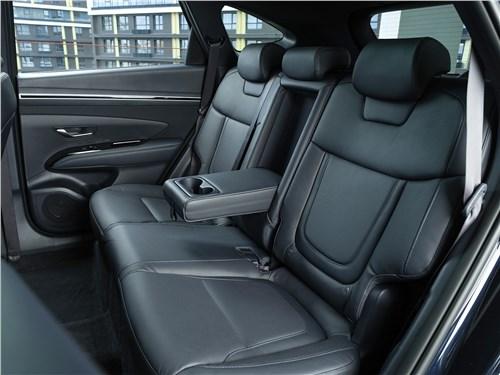 Hyundai Tucson (2021) задний диван
