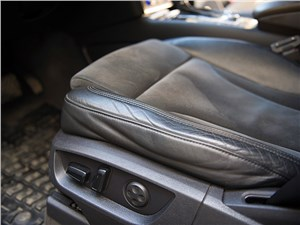 Audi Q7 2010 регулировка кресла водителя