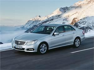 Audi A6, BMW 5 series, Infiniti M, Mercedes-Benz E-Class, Lexus GS, Nissan Teana, Volvo S80