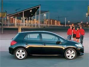 Subaru Impreza, Nissan Tiida, SEAT Leon, Toyota Auris, Peugeot 308, Renault Megane