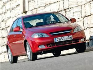 Доступная практичность (Chevrolet Lacetti SW, Ford Focus Wagon, Kia ceed SW, Opel Astra Caravan, Renault Megane Estate, Skoda Octavia Tour Combi, Volvo V50) Lacetti -