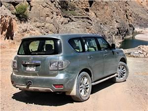 """Японские """"профессиональные"""" джипы (Toyota Land Cruiser 100, Mitsubishi Pajero, Nissan Patrol GR) Patrol -"""