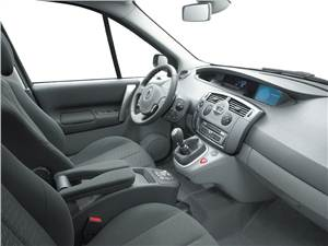 100-процентная практичность (Renault Grand Scenic, Honda Stream, VW Touran) Grand Scenic -