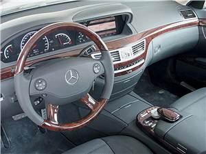 Новость про Mercedes-Benz - Канадцам страшно ездить на новых Mercedes