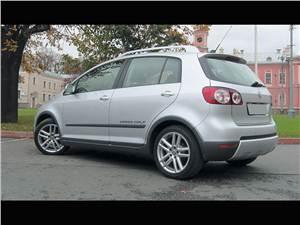 Volkswagen Cross Golf -