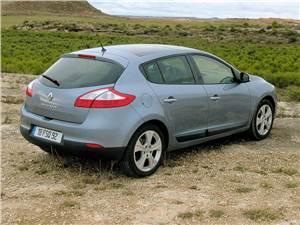 Авто с пробегом (Opel Astra, Ford Focus, Renault Megane II) Megane -