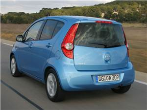 Opel Agila -
