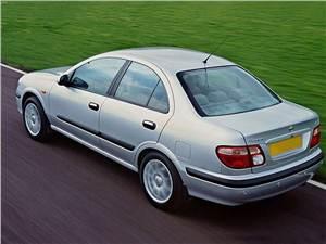 На все случаи жизни (Renault Scenic, Mitsubishi Space Star, Opel Zafira, Nissan Almera Tino) Almera -
