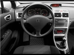 Навстречу лету, навстречу ветру.. (BMW 6 Series Cabrio, Citroen C3 Pluriel, Mercedes-Benz SLK, MINI Convertible, Peugeot 307 CC, Porsche 911 Cabriolet, Porsche Boxster, Volkswagen New Beetle Cabrio) 307 -