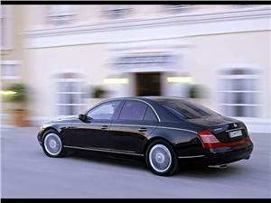 Короли скорости (Audi S8, Bentley Arnage T, Maserati Quattroporte Sport GT, Maybach 57S, Mercedes-Benz S63 AMG, Mercedes-Benz S65 AMG) 57 -