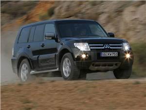 "Покорители ""off-road"" (Nissan Patrol,Toyota Land Cruiser 100,Lexus LX,Mitsubishi Pajero) Pajero -"
