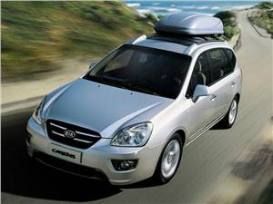 На все случаи жизни (Daewoo Tacuma (Rezzo), Hyundai Matrix (Lavita), Kia Carens) Carens - KIA Carens вид спереди сверху