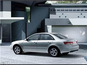 Hyundai NF Sonata -
