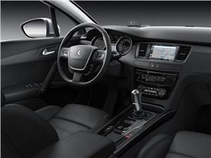 Peugeot 508 2015 салон