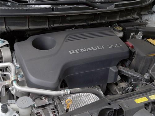 Renault Koleos 2017 моторный отсек