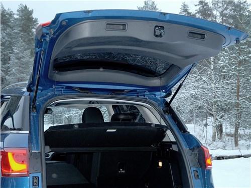Предпросмотр haval h6 coupe 2017 багажное отделение
