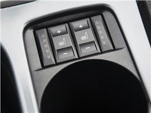 Ford Mondeo 2011 кнопки обогрева сидений