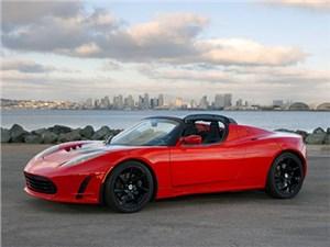 Обновленный споркар Tesla Roadster будет представлен официально уже через неделю