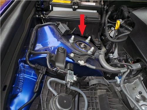 Предпросмотр lexus gs f 2016 моторный отсек