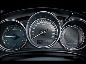 Mazda CX-5 2013 приборная панель