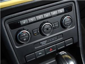 Volkswagen Beetle 2015 управление климатом