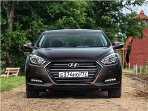 Охранная грамота I40 - Hyundai i40 2015 вид спереди