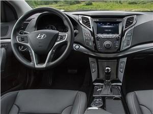 Предпросмотр hyundai i40 2015 водительское место