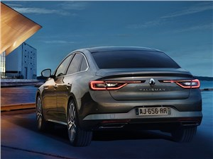 Renault Talisman 2016 вид сзади
