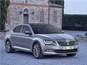 Skoda объявила рублевые цены на новый седан Superb