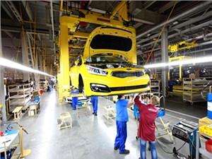 Новость про KIA Cee'd - KIA cee'd нового поколения встал на конвейер в Калининграде
