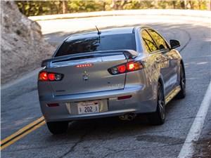 Mitsubishi Lancer GT 2016 вид сзади