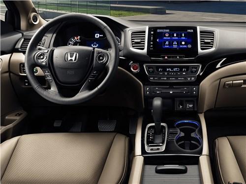 Honda Pilot 2016 салон