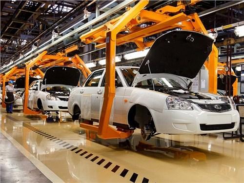 Новость про Lada - АвтоВАЗ в 2017 году увеличит обороты