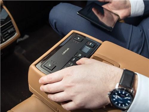 Lexus ES 2016 пуль управления