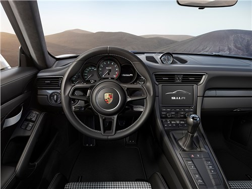 Предпросмотр porsche 911 r 2017 водительское место