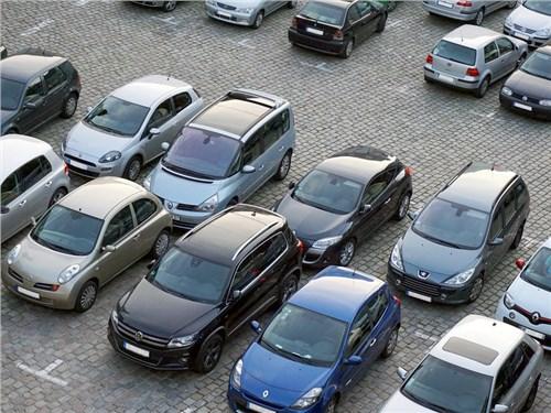 Рынок подержанных автомобилей растет четвертый месяц подряд