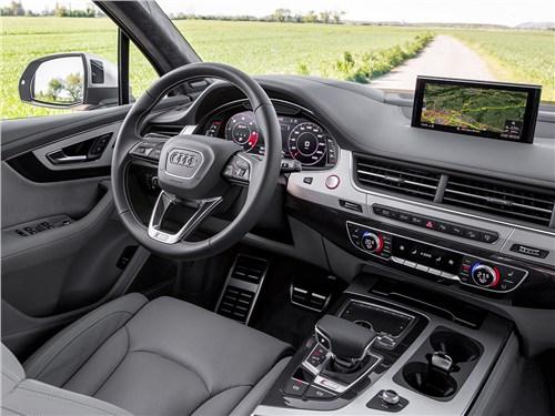 Audi SQ7 TDI 2017 салон