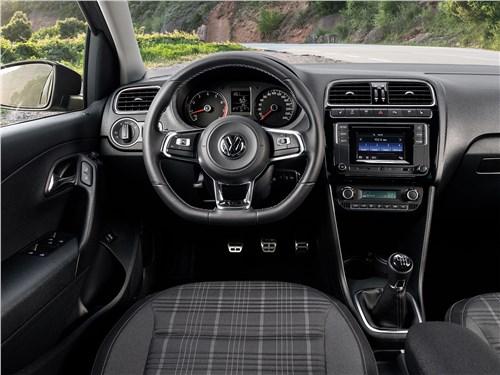Volkswagen Polo GT 2016 салон
