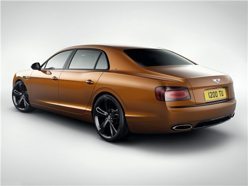 Bentley Flying Spur W12 S 2017 вид сзади