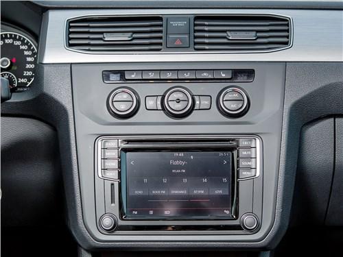 Volkswagen Caddy Maxi 2016 центральная консоль