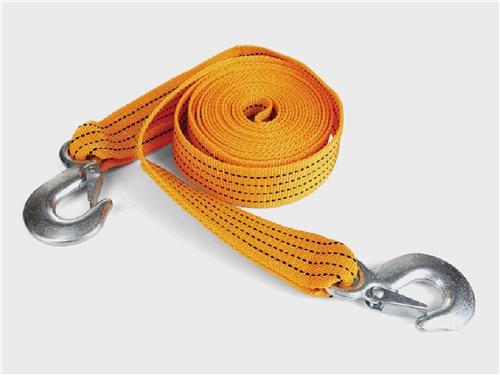 Крюки на концах буксировочного троса удобны, но не обязательны, можно легко обойтись и без них