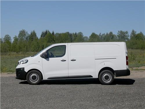 Peugeot Expert 2017 вид сбоку