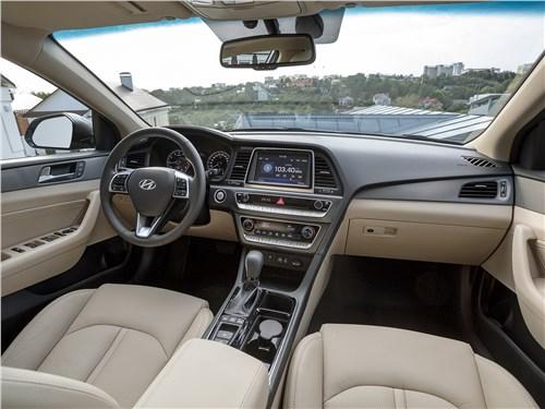 Hyundai Sonata 2018 салон
